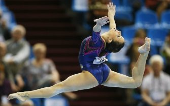 epa03666826 Vanessa Ferrari of Italy competes on the Floor during the qualification round of the Artistic Gymnastics European Championships in Moscow, Russia, 18 April 2013.  EPA/YURI KOCHETKOV