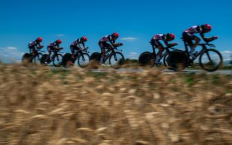 """Cyclists tackled the first stage of the """"Giro D'italia Donne 2021"""" a team time trial stage between Fossano and Cuneo. (Photo by Alberto Gandolfo/Pacific Press)//PACIFICPRESS_PAC6976/2107031101/Credit:Pacific Press/SIPA/2107031108"""