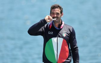 05 August 2021, Japan, Tokio: Canoe: Olympics, Kayak Single, 200m, Men, Final in the Sea Forest Waterway. Manfredi Rizza from Italy with his silver medal at the award ceremony. Photo: Jan Woitas/dpa (Photo by Jan Woitas/picture alliance via Getty Images)