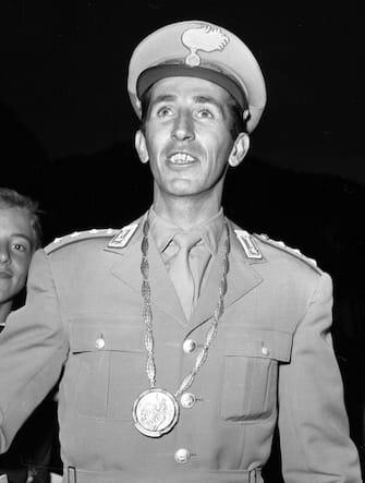 Raimondo D'Inzeo (sport equestri), portabandiera italiano alle Olimpiadi di Città del Messico nel 1968. ANSA