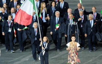 Flag Bearer Valentina Vezzali leads the team of Italy during the Opening Ceremony of the London 2012 Olympic Games, London, Britain, 27 July 2012.     ANSA/ETTORE FERRARI