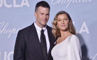(L-R) Tom Brady and Gisele Bündchen at the UCLA IoES 2019 Hollywood For Science Gala held at the Private Estate of Jeanne & Tony Pritzker in Los Angeles, CA on Thursday, February 21, 2019. (Photo By Sthanlee B. Mirador/Sipa USA)