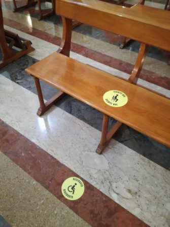 La Chiesa di Sant'Antonino riapre le celebrazioni liturgiche ai fedeli, Palermo, 18 maggio 2020. ANSA/IGNAZIO MARCHESE