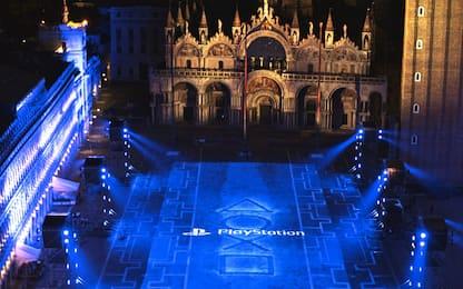 Venezia, Playstation illumina Piazza San Marco per il lancio della PS5