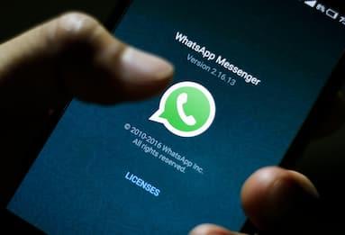 WhatsApp posticipa di 3 mesi nuove regole sulla privacy