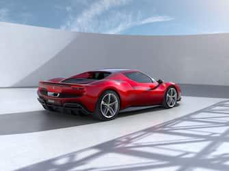 La Ferrari 296GTB, la nuova vettura sportiva vista dal posteriore a coda tronca