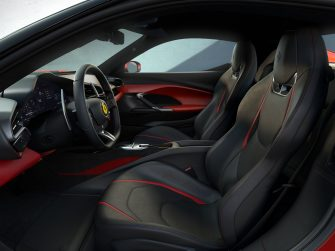 Le finiture dei sedili della Ferrari 296GTB