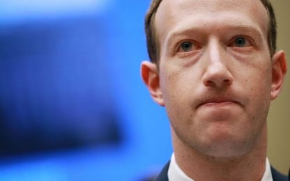 WhatsApp, Instagram e Facebook down: le scuse di Zuckerberg