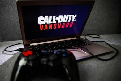 Call Of Duty, fotoreporter scattano vere foto all'interno del gioco