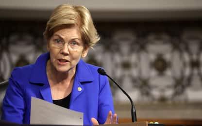 """Facebook, senatrice democratica Warren rilancia l'idea """"spezzatino"""""""