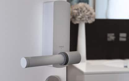 Touch 1, arriva la maniglia smart auto-disinfettante