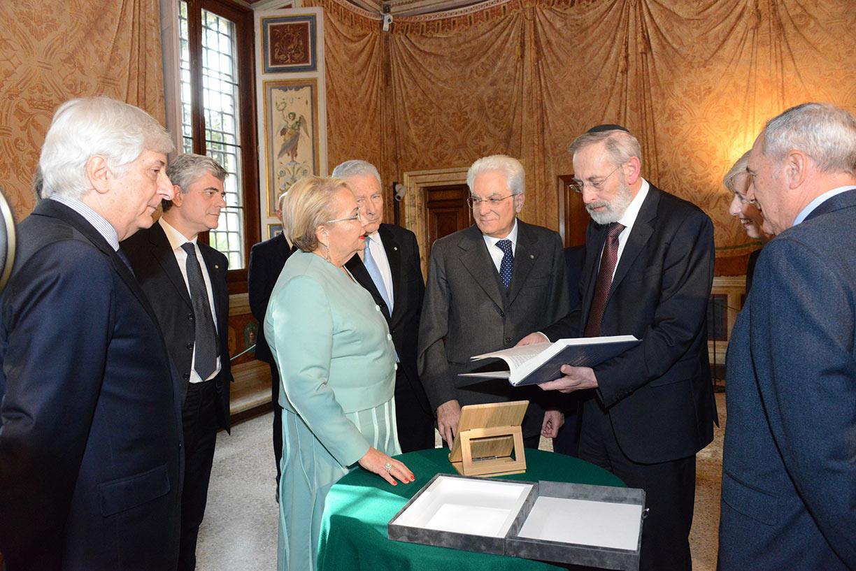 La professoressa Clelia Piperno con il Presidente della Repubblica Sergio Mattarella