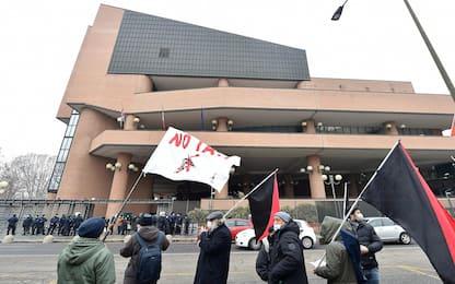 Torino, maxiprocesso a No Tav per scontri 2011: 32 condanne