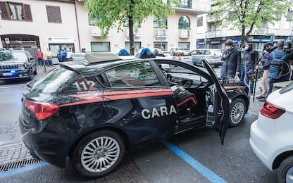 Rivarolo Canavese: uccide moglie, figlio e padroni di casa e si spara