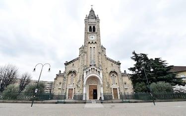 Chiesa di Santa Rita vuota nella prima domenica di serrata per evitare il contagio da coronavirus, Torino, 15 marzo 2020 ANSA/ ALESSANDRO DI MARCO