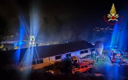 Incendi: a fuoco un fienile in Val di Susa