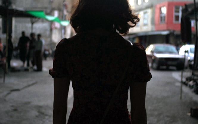 AMINA - LA RAGAZZA GAY DI DAMASCO