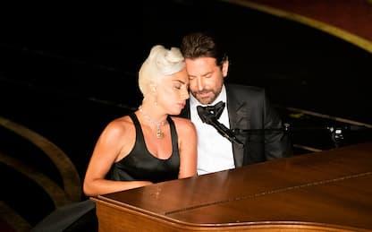 Lady Gaga e Bradley Cooper agli Oscar: i meme più divertenti