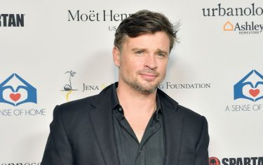 tom-welling-cover