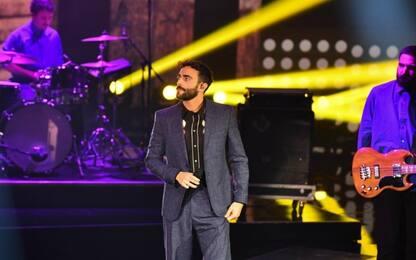 """Marco Mengoni, disco d'oro per il nuovo album """"Atlantico"""""""