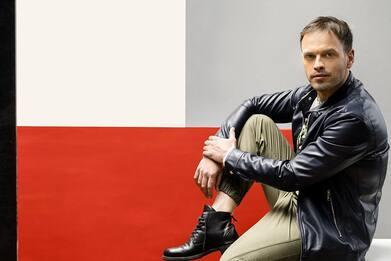 Sbatti piano il portone, il nuovo singolo di Raffaele Giglio