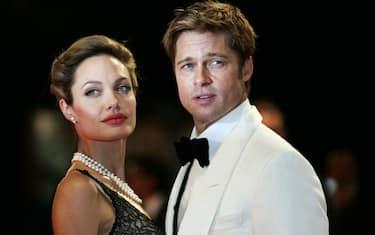 00-Angelina-Jolie-Brad-Pitt-kika