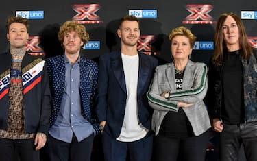 Alessandro_Cattelan_e_i_giudici_di_X_Factor_2018