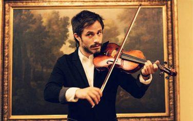 rodrigo-suona-violino