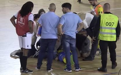 Portogallo, giocatore di futsal muore in campo