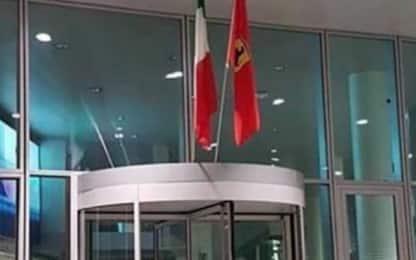 Maranello, c'è la bandiera per vittoria in Canada