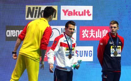 Oro Sun: sul podio Scott lo ignora, lui lo insulta