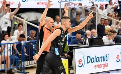 Trento batte Avellino 84-68 e va in semifinale