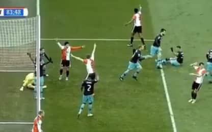 PSV, l'autogol di Zoet è tragicomico