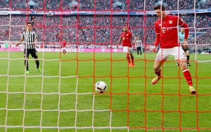 Bayern, tris e fuga. Cadono Lipsia e Dortmund