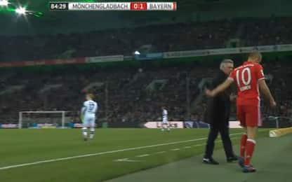 Robben sostituito: non dà la mano ad Ancelotti