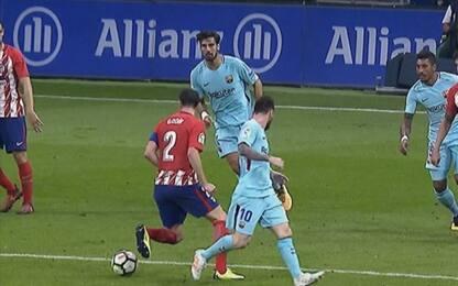 Godin come Zidane, salta Messi con la 'ruleta'