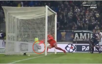 Flop goal-line technology, sospesa in Francia