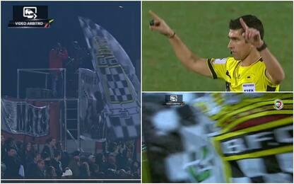 Portogallo, arbitro chiede Var: spunta la bandiera