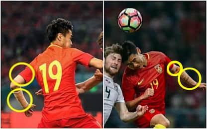 Cina, no ai tatuaggi: i calciatori li nascondono