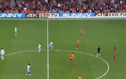 Kucka da centrocampo: il gol è pazzesco. VIDEO