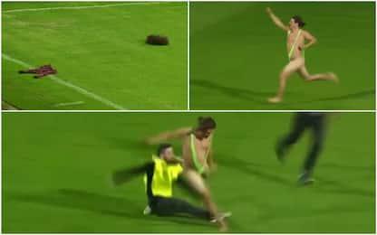 Borat invade il campo, steward gli entra in tackle