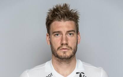 """Bendtner: """"Scusa ai tifosi, ma mi sono difeso"""""""