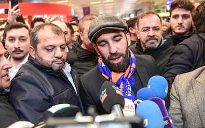 Arda Turan, che rissa: rompe il naso a un cantante