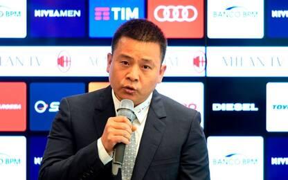 Yonghong Li, troppi debiti: passaporto ritirato