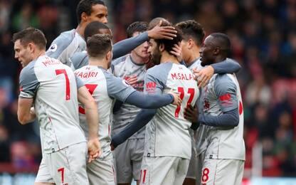 Salah show, Liverpool è primo. Mou batte Ranieri