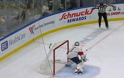 Hockey, arbitro colpito segna con il basso ventre