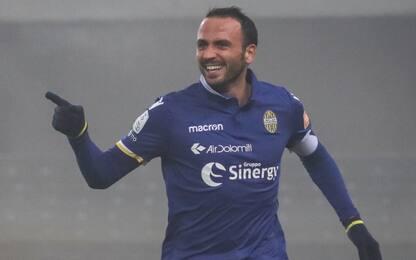 Il Palermo torna 1° da solo, Pazzini show a Verona