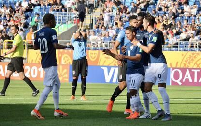 Uruguay ko, Ecuador avanti. Bene Ucraina e Senegal