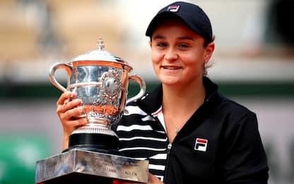 Barty si prende il Roland Garros, Vondrousova ko