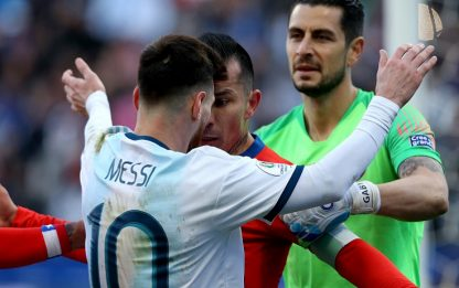 Messi, multa e squalifica dopo Argentina-Cile